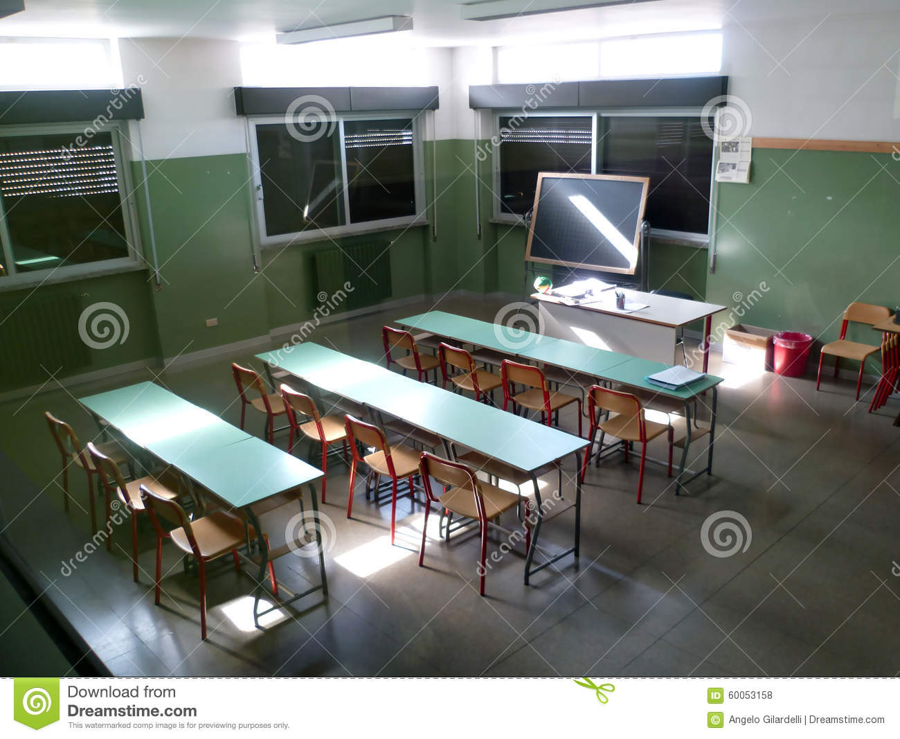 Int rieur d 39 cole salle de classe photo stock image for Interieur cours