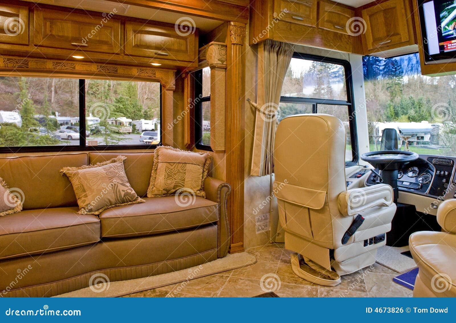 int rieur de camping car. Black Bedroom Furniture Sets. Home Design Ideas