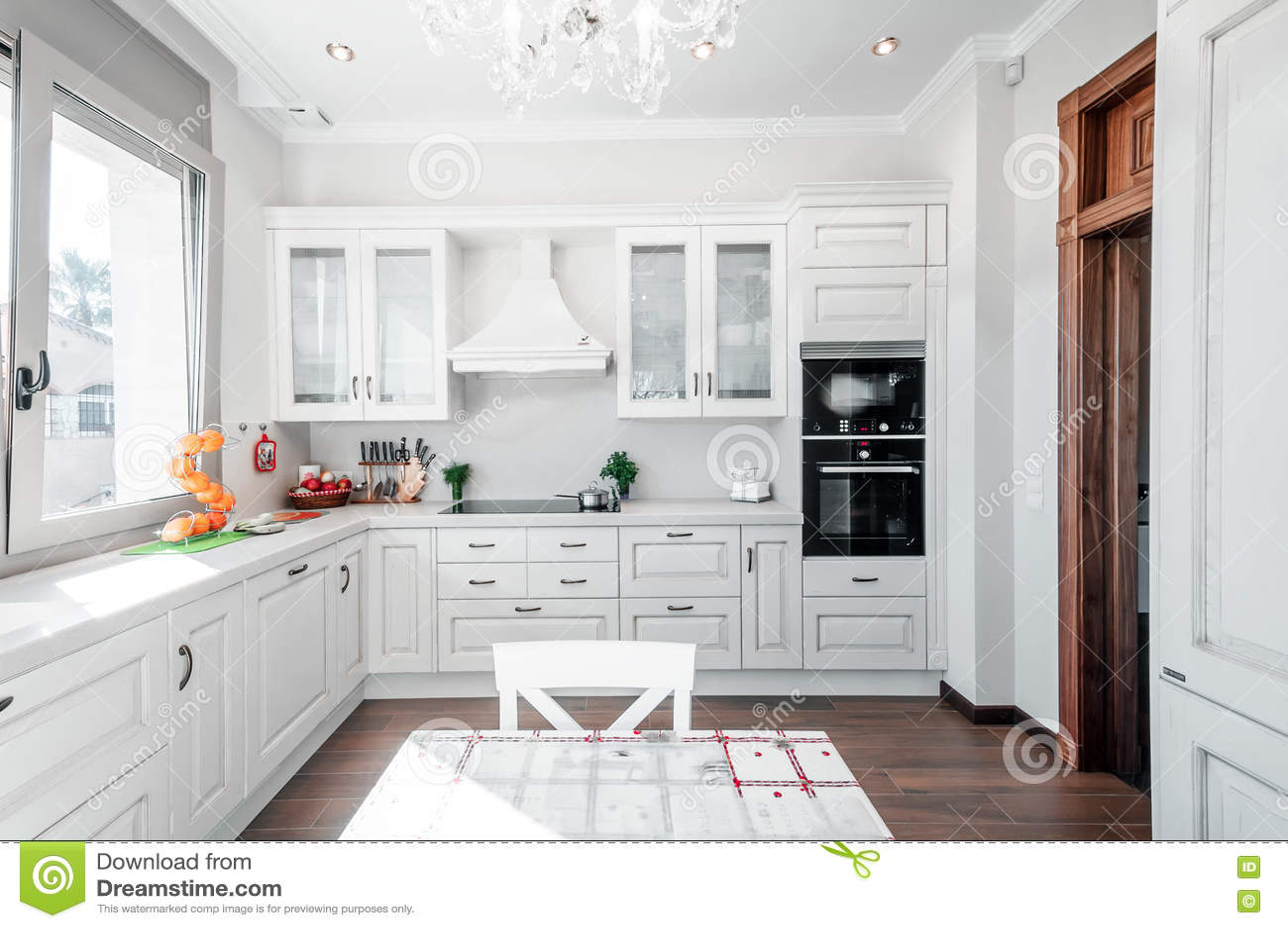 Maison moderne de luxe interieur cuisine for Interieur cuisine