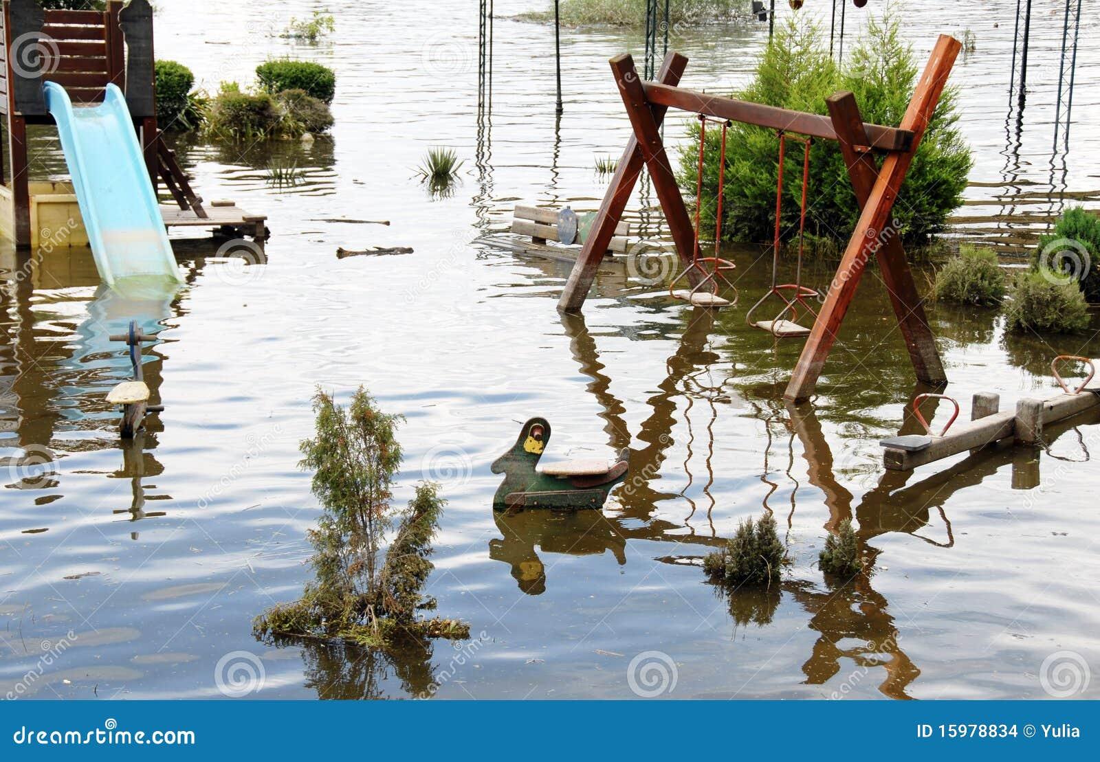Inundación en patio