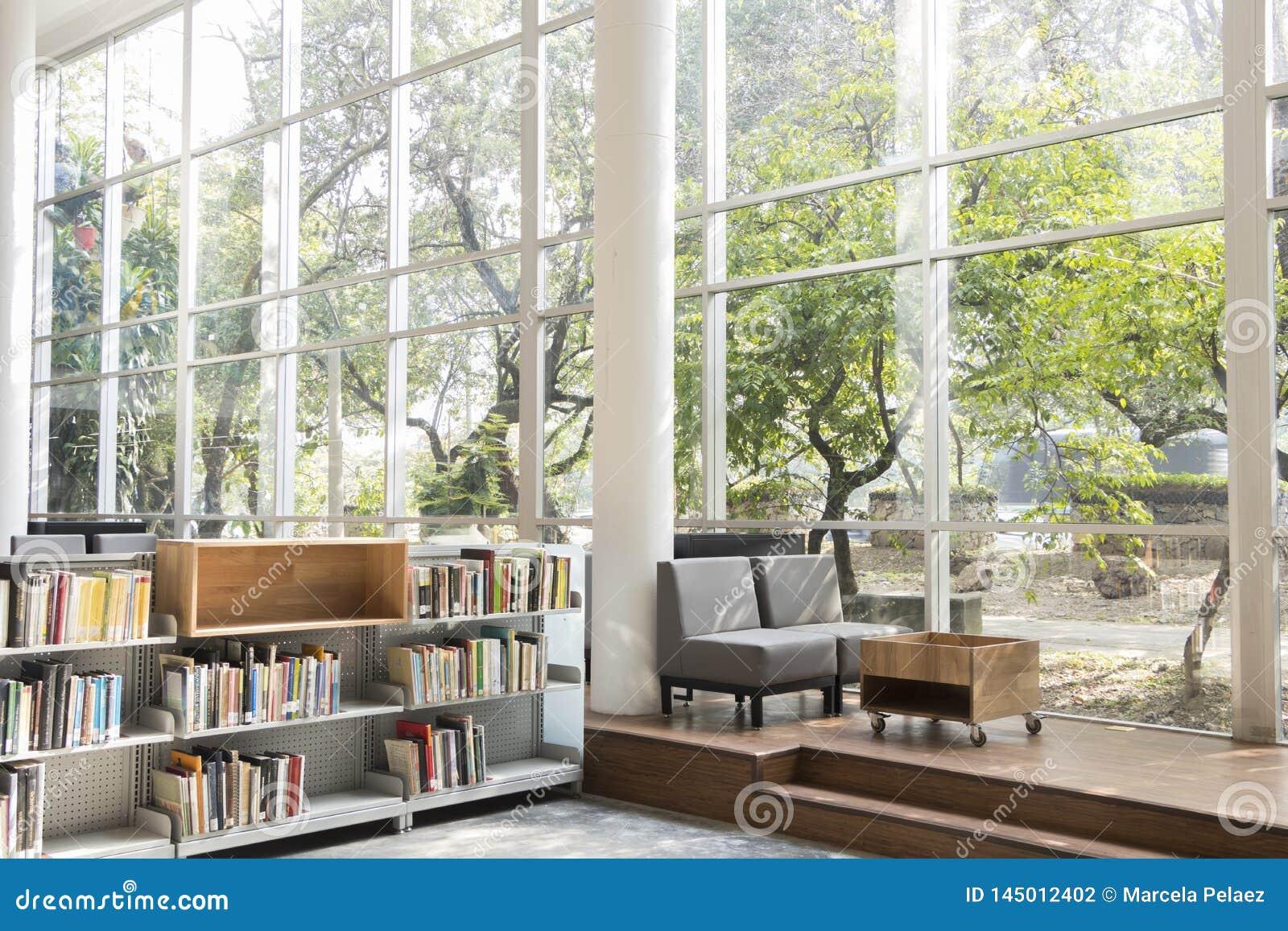 Invigningsdag December 2018 för piloto för pública för offentligt bibliotekmedellin biblioteca