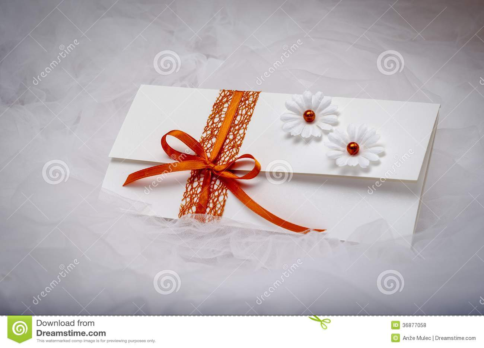 Download Invito fotografia stock. Immagine di regalo, congratulazione - 36877058