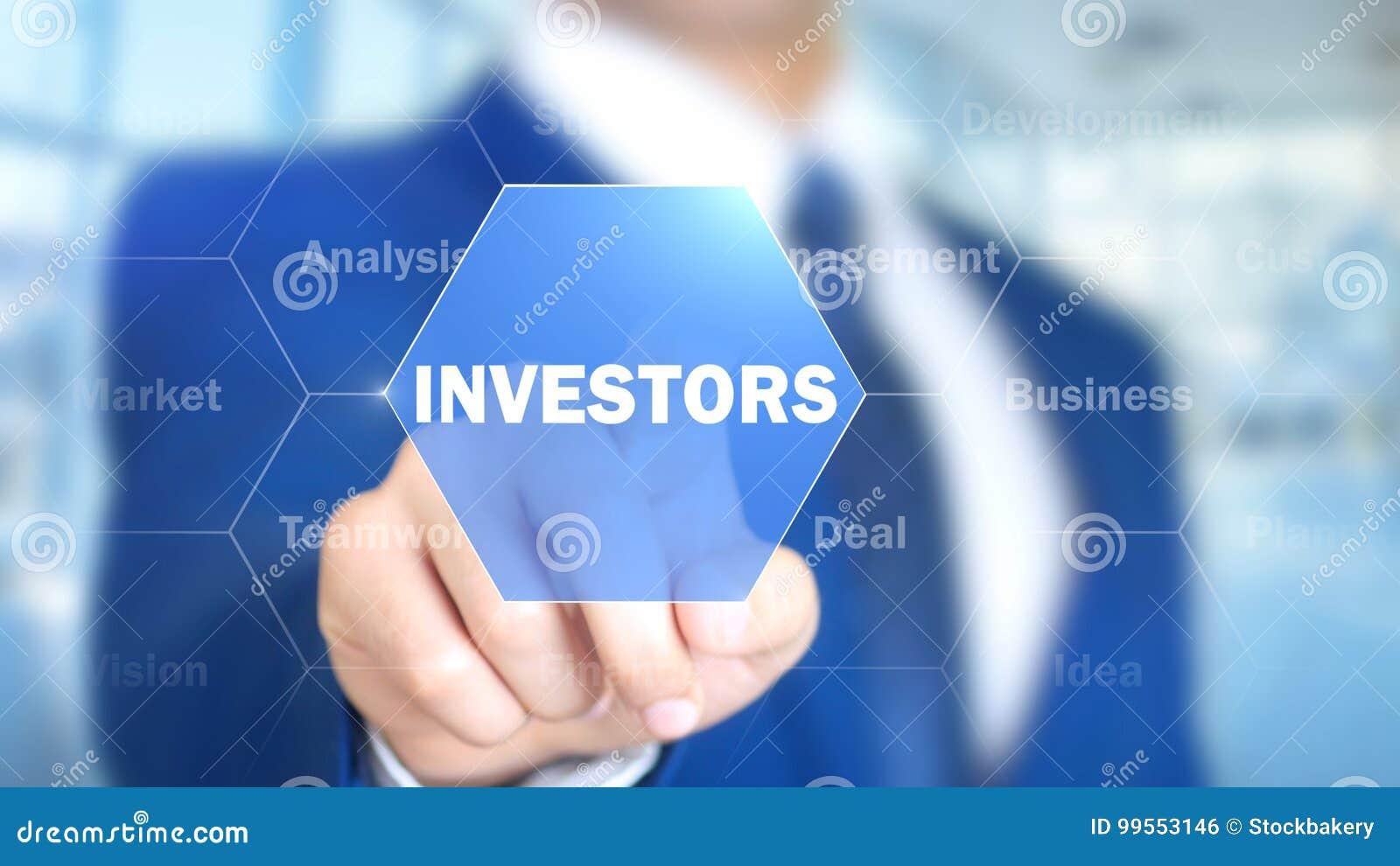 Inwestorzy, mężczyzna Pracuje na Holograficznym interfejsie, projekta ekran
