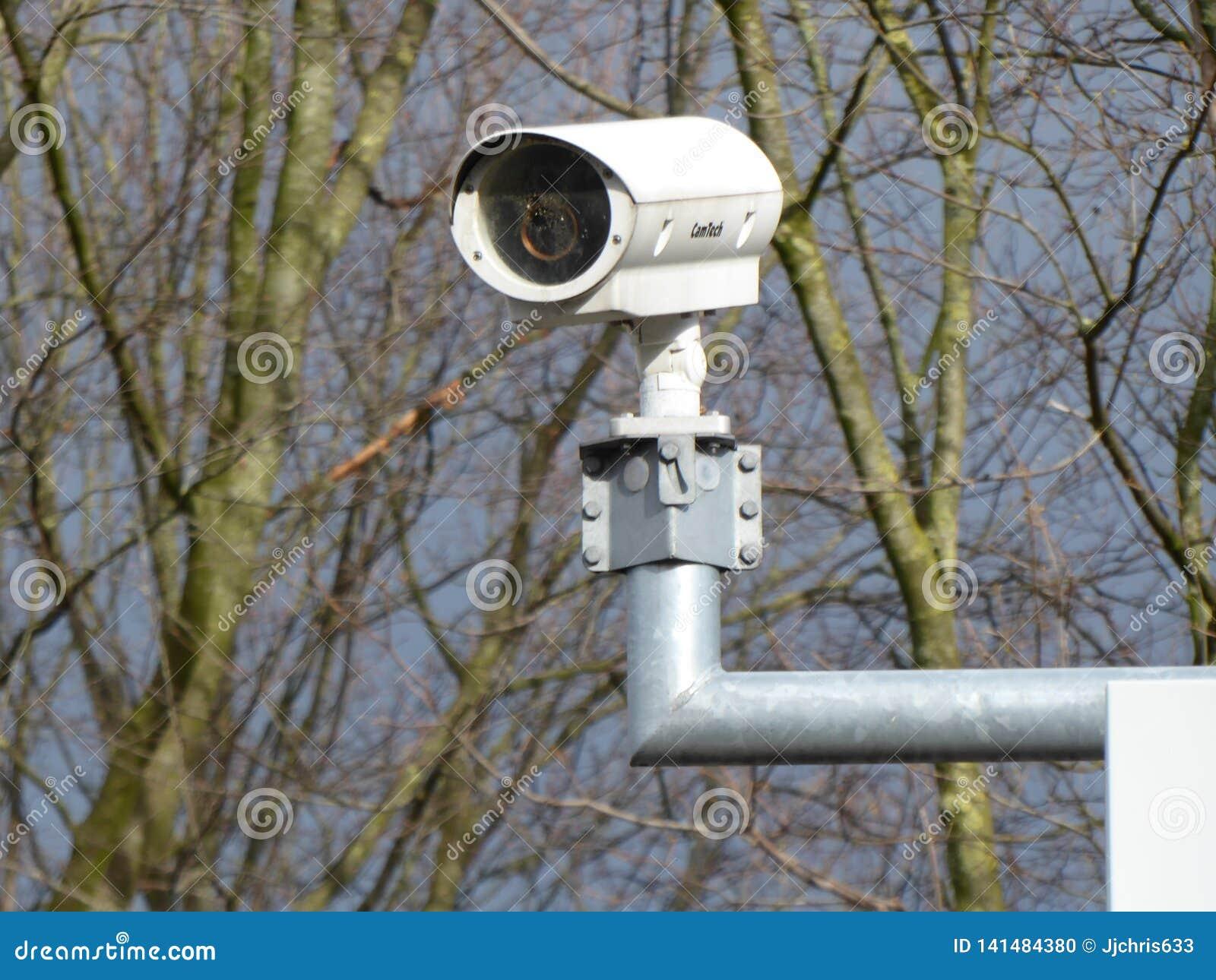 Inwigilacji kamera na słupie