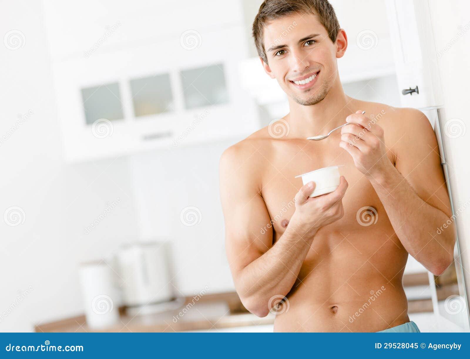 Iogurte antropófago novo semi-nua