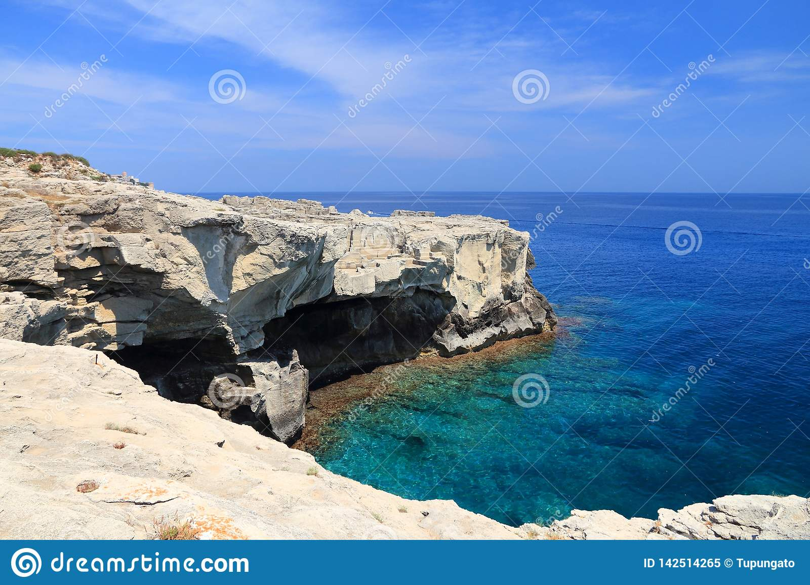 Ionian wybrzeże morza