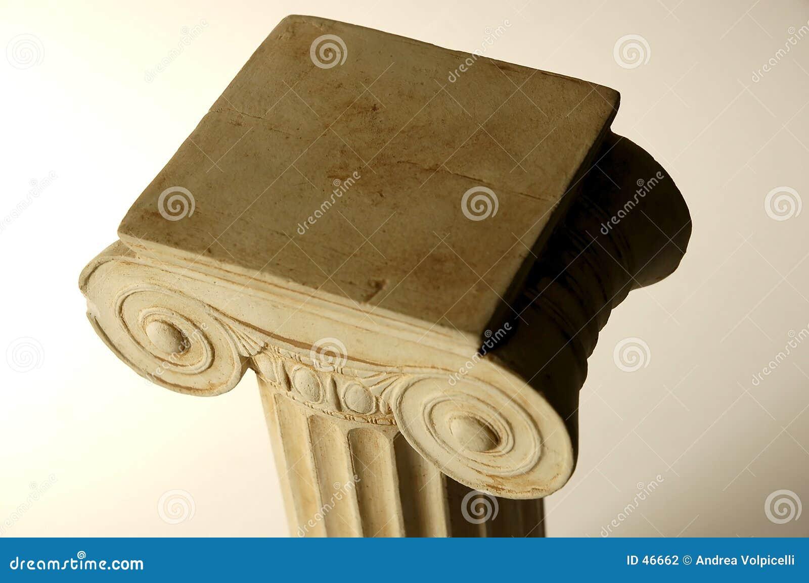 Ionic gammalt för kolonn