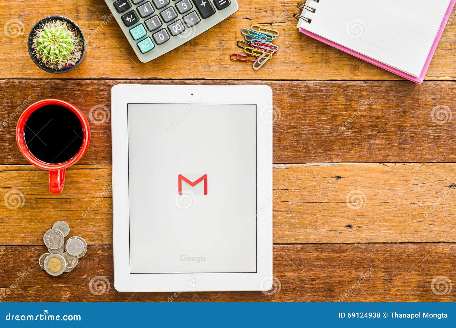 IPad 4 ανοικτή εφαρμογή Google Gmail
