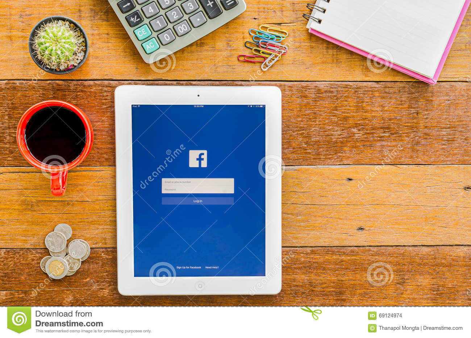 IPad 4 open Facebook application.