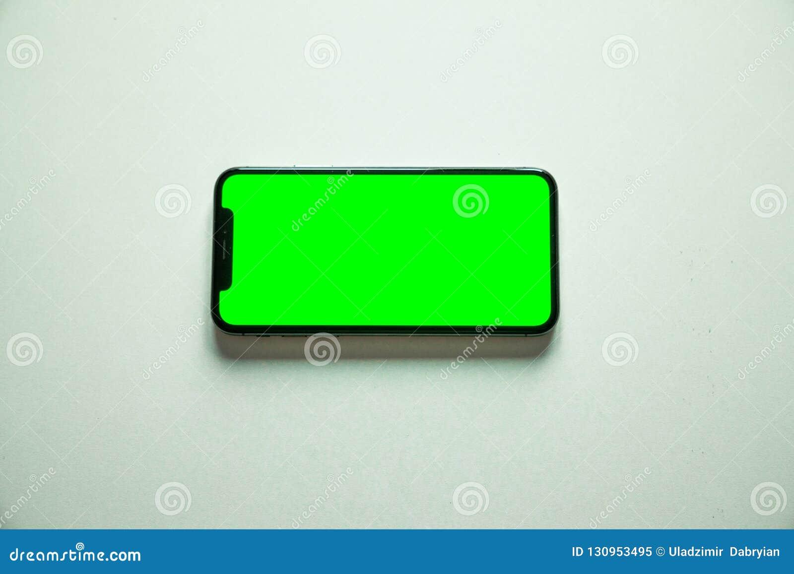Iphone X Ecran Vert Sur Le Fond Blanc Image Stock Image Du Vide