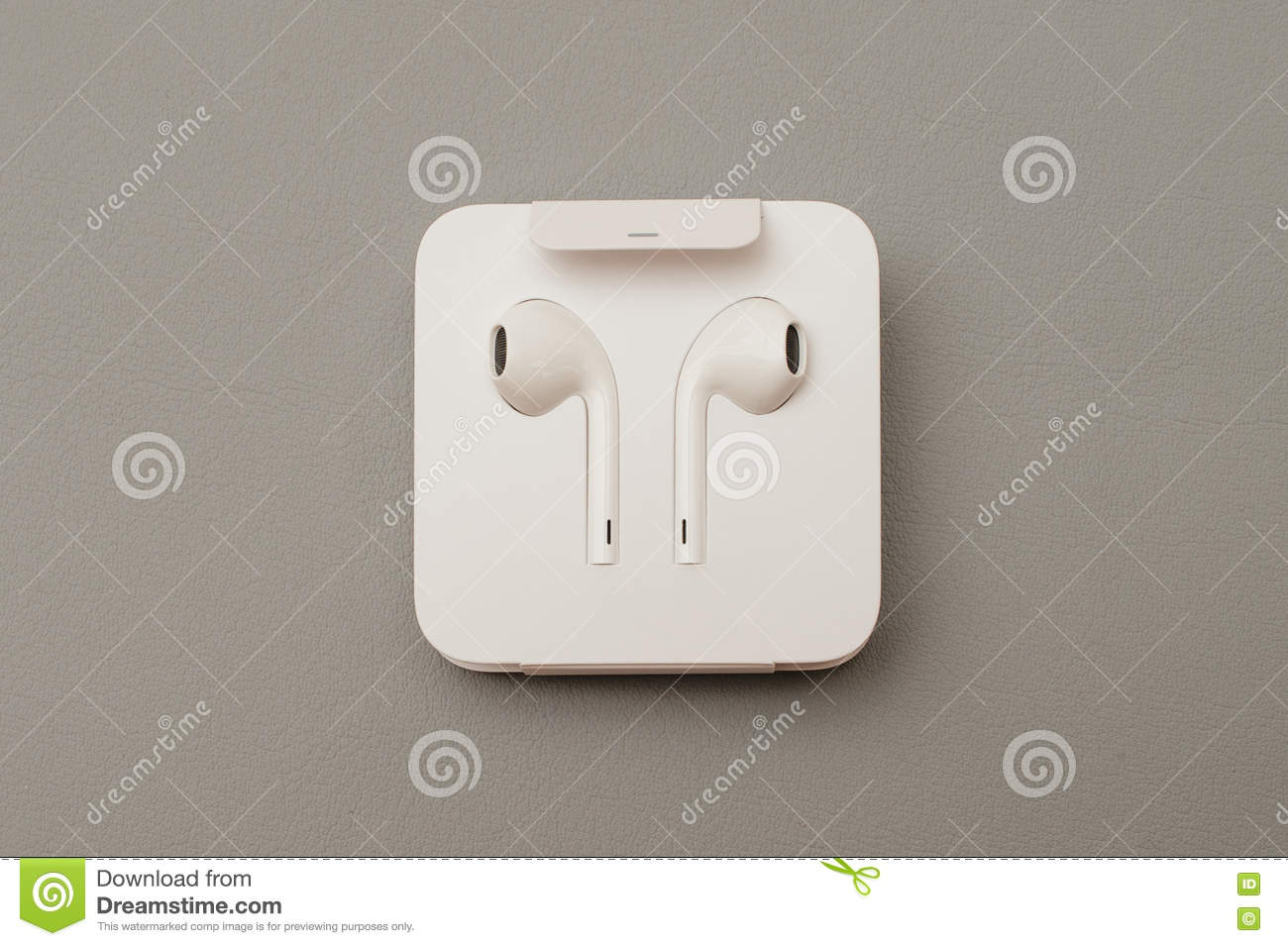 iphone 7 plus dual camera unboxing new apple earpods airpods in editorial stock image image. Black Bedroom Furniture Sets. Home Design Ideas