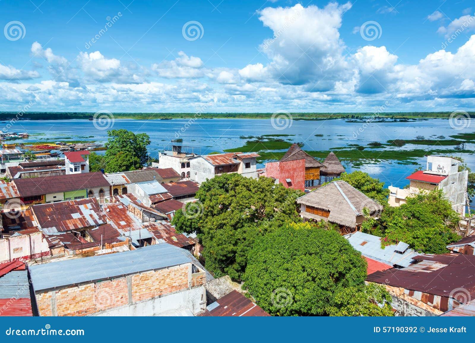 Iquitos e rio