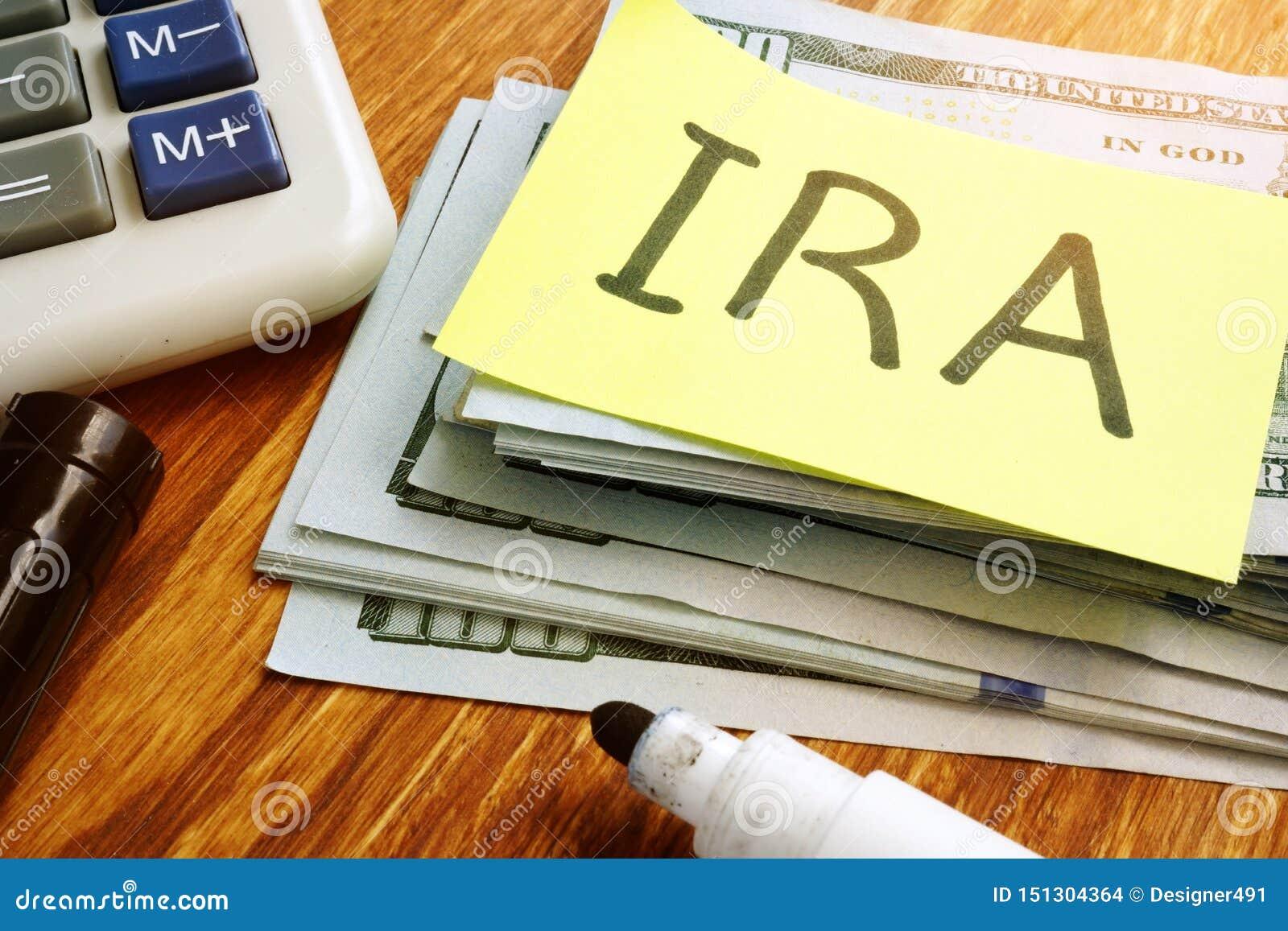 IRA Individual Retirement Account Pila di soldi