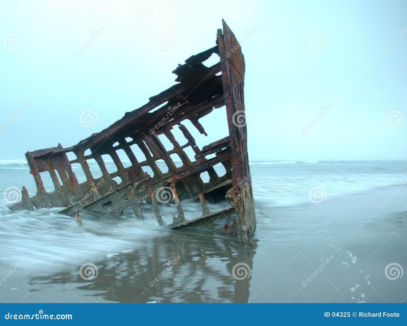 Iredalepeter skeppsbrott