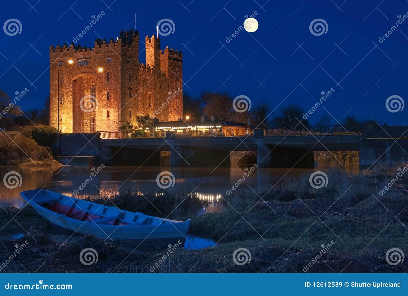 Ireland noc bunratty grodowa noc