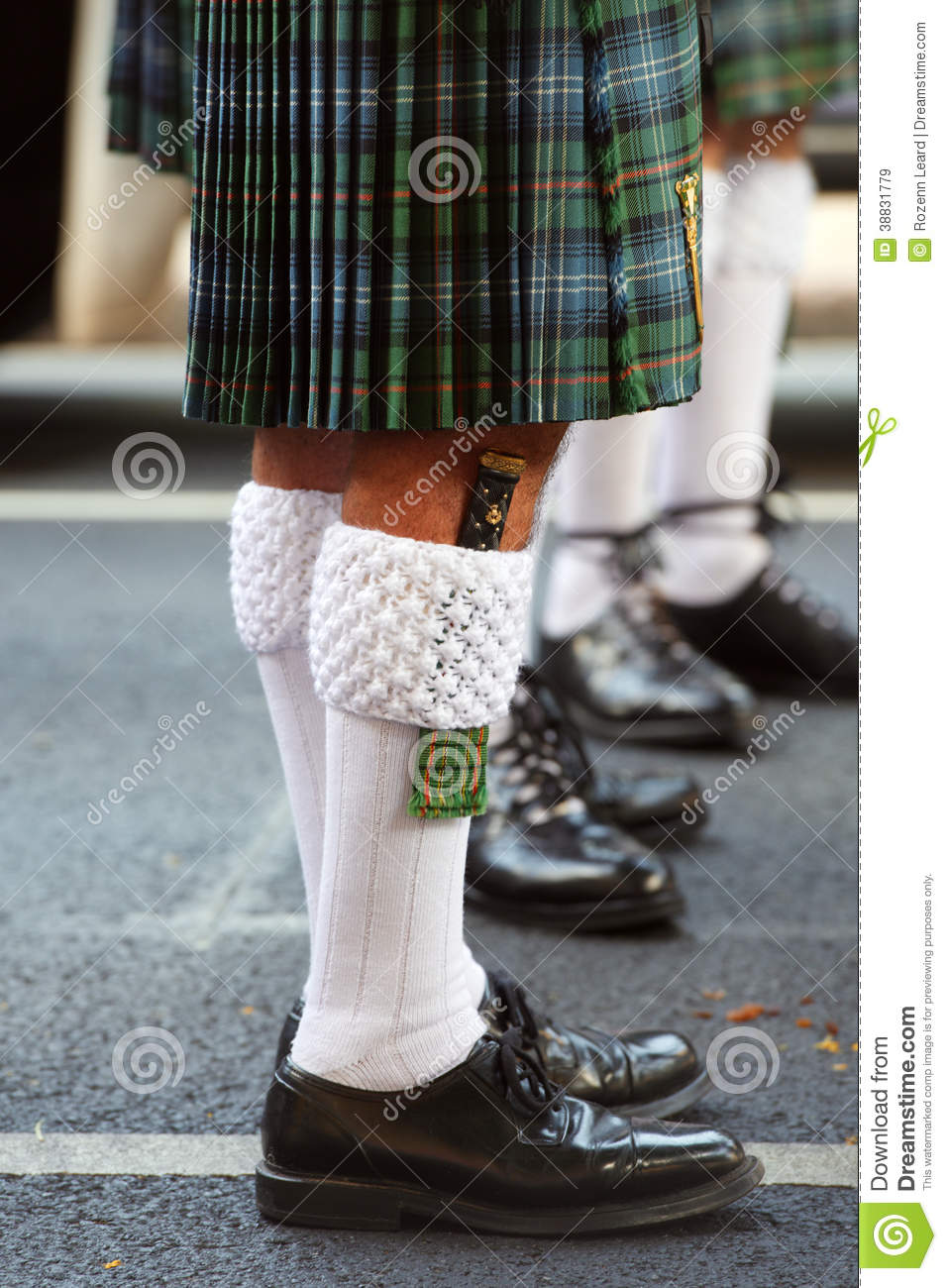 What To Wear As Shoes With Kilt