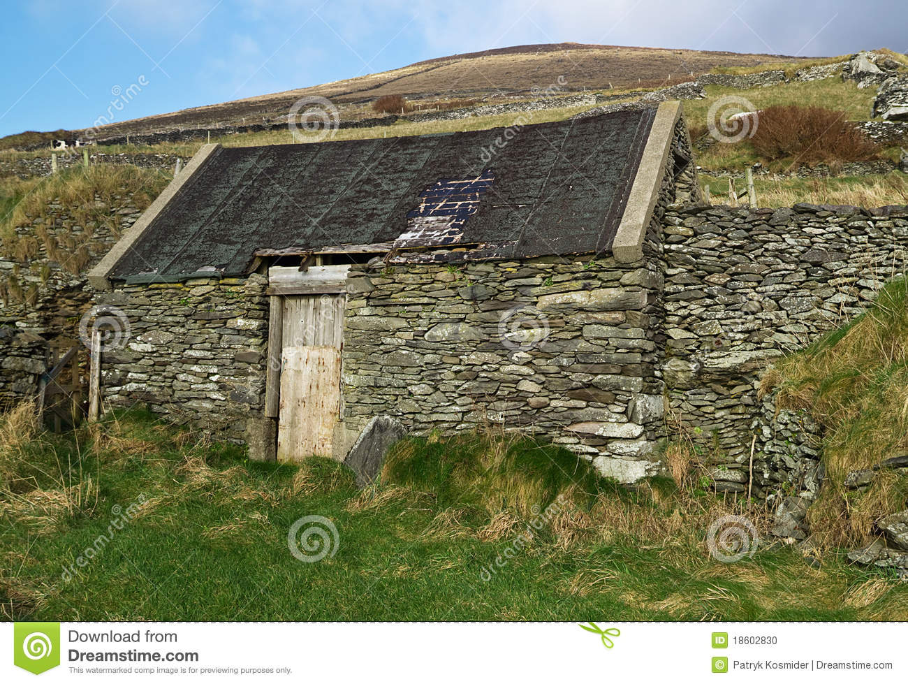 Irish country side house stock photo image of living for Country garden designs ireland