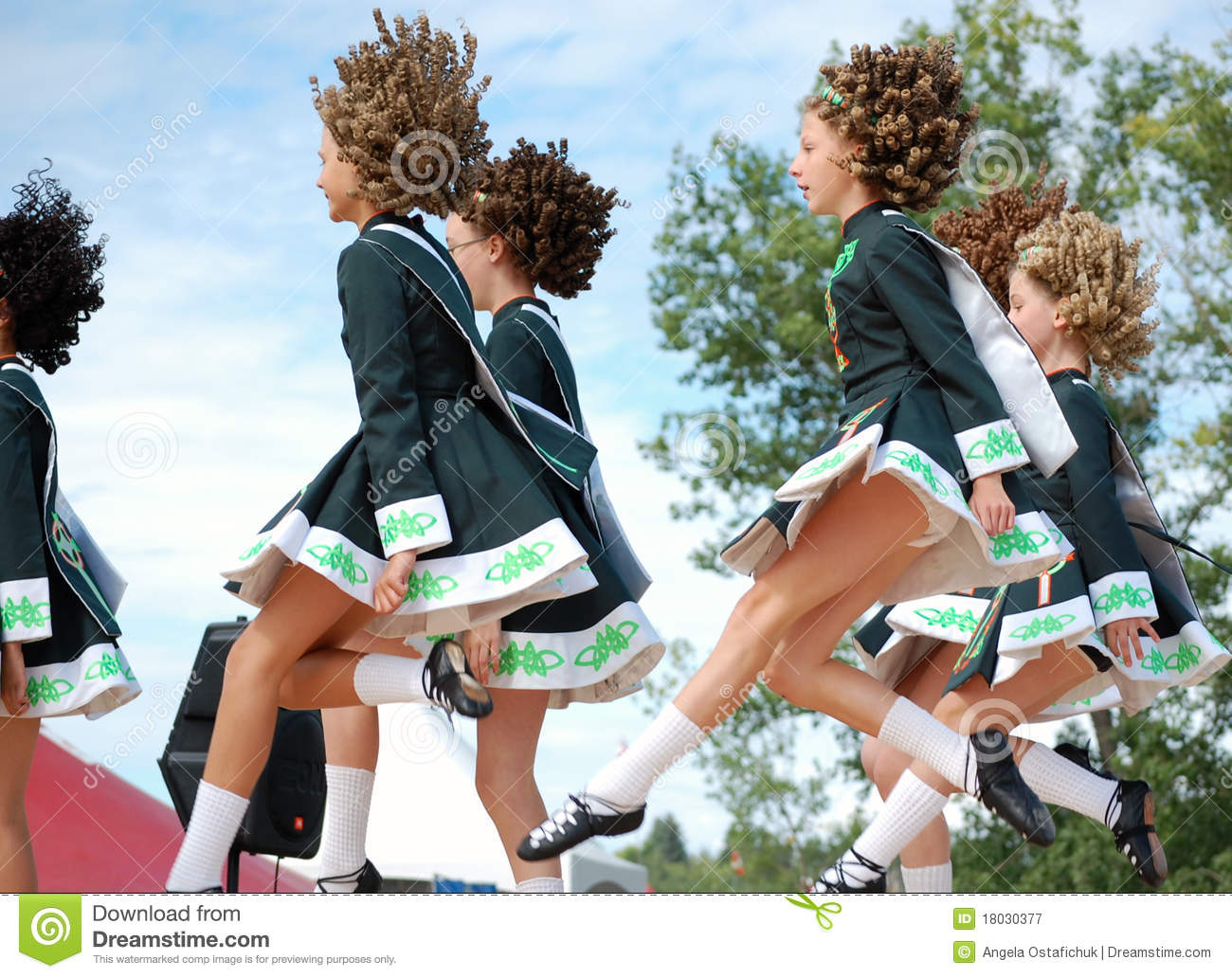 Irish Dancers Dancing Editorial Photography - Image: 18030377