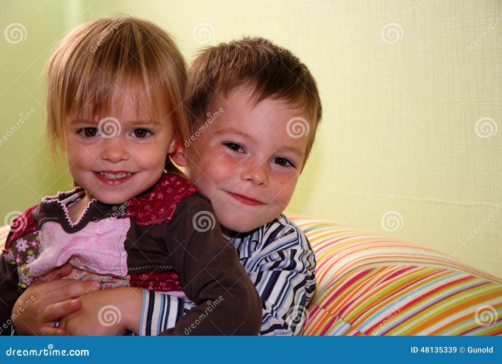 Irmãos bonitos