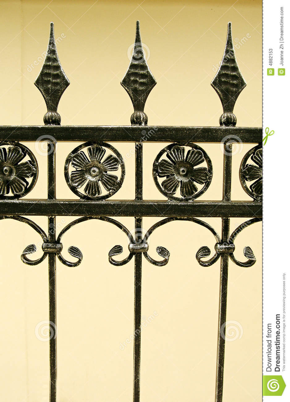 Black Metal Flower Wall Decor - Home Decor
