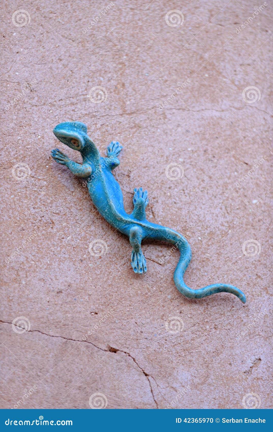 Iron lizard