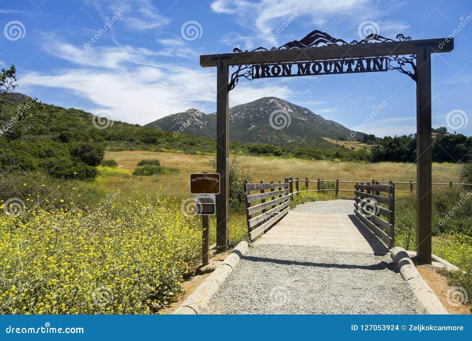 Iron Mountain-Wanderweg-Kopf in Poway Ost-San Diego County Inland Southern California