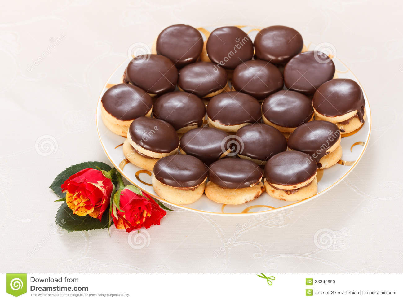 Ischler Cookies Stock Photo - Image: 33340990