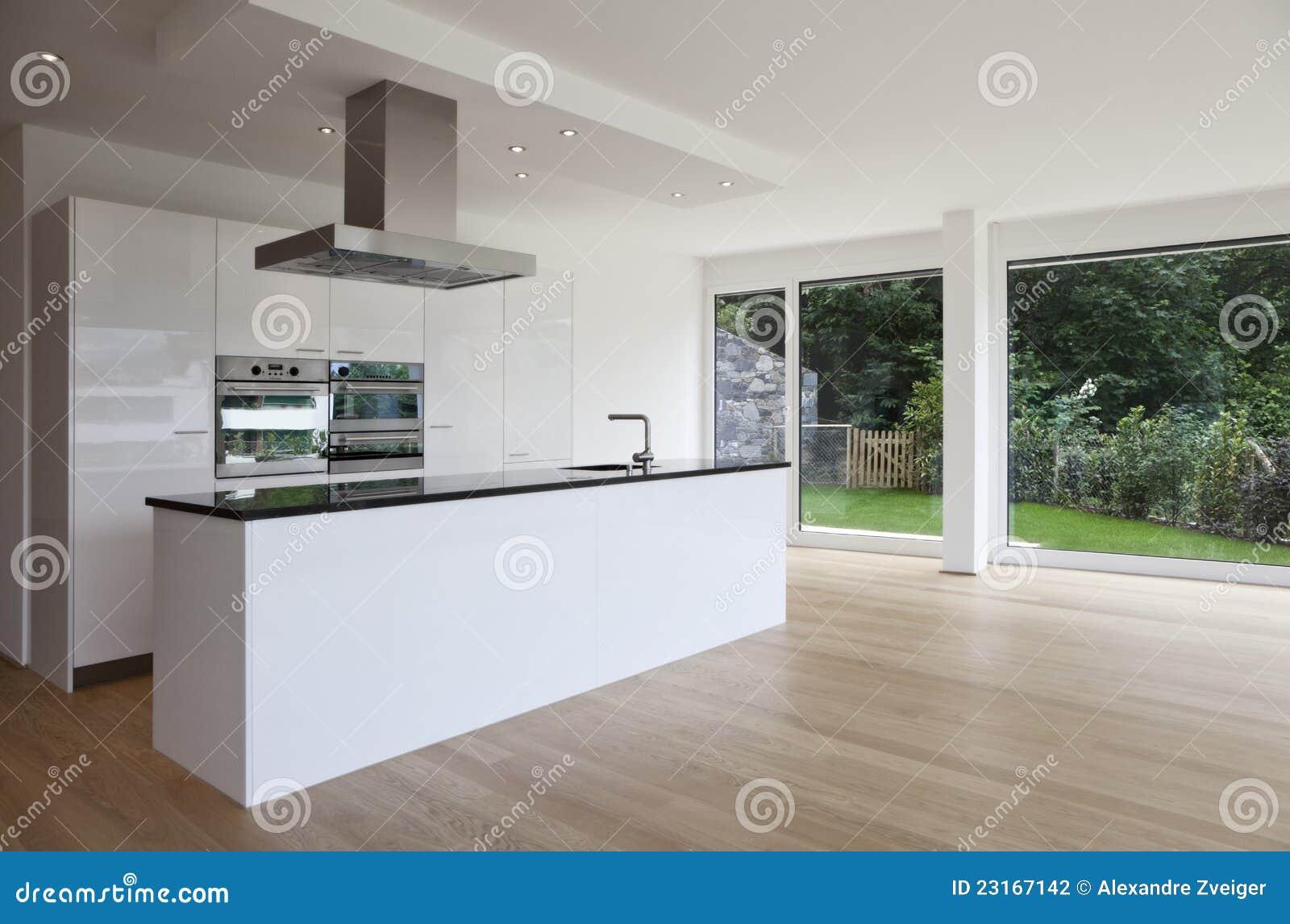 Isla de cocina suelo de madera fotograf a de archivo - Suelos de madera para cocinas ...