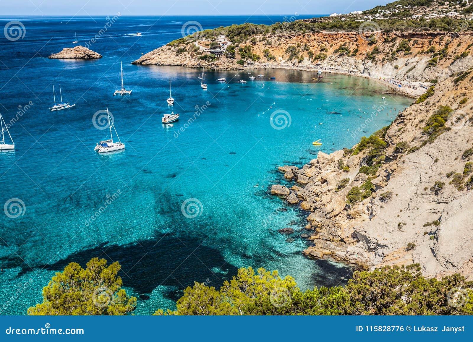Isla del Es Vedra de Ibiza Cala d Hort en Balearic Island