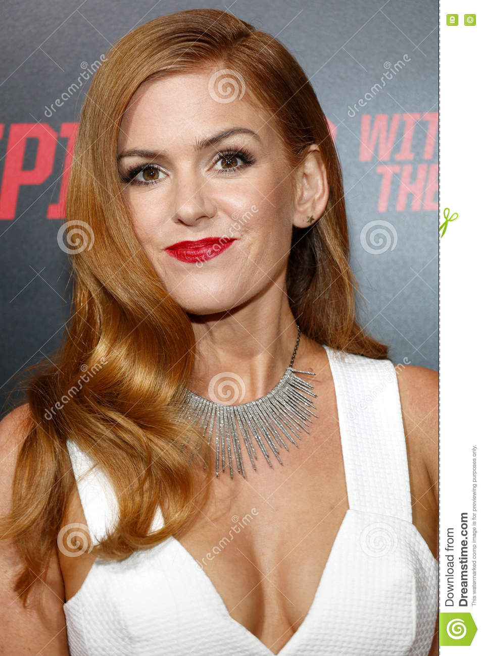 Isla Fisher nocturnal animals