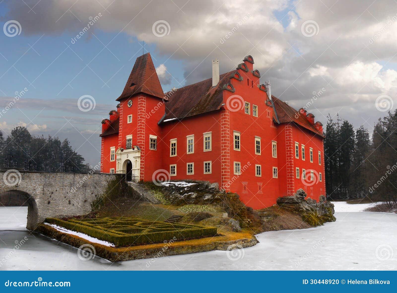 Isla romántica de la señal del palacio del castillo del castillo francés del agua