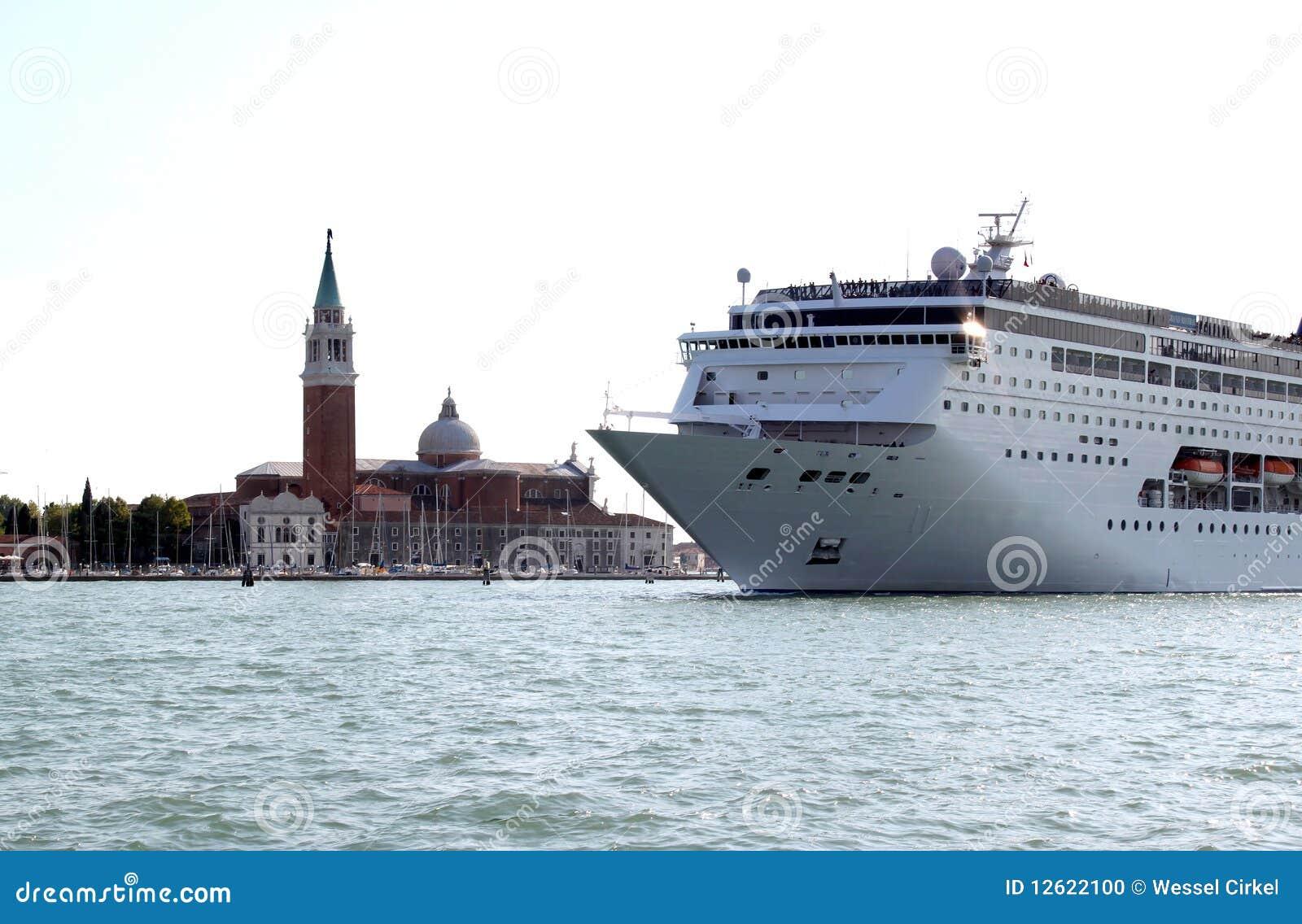 Isla y crucero, Venecia de San Jorge Maggiore