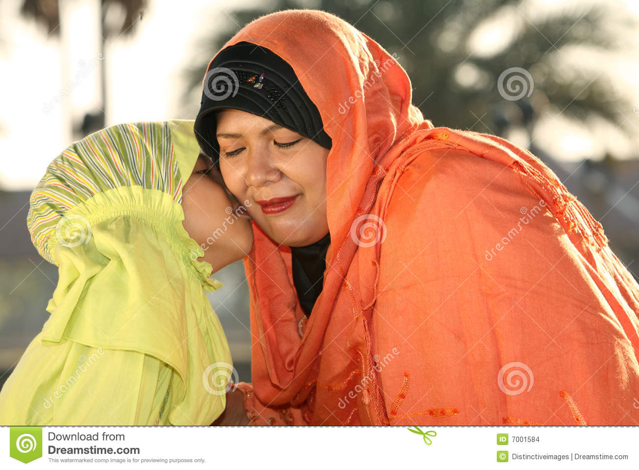 image Muslim mother first time mia khalifa popped
