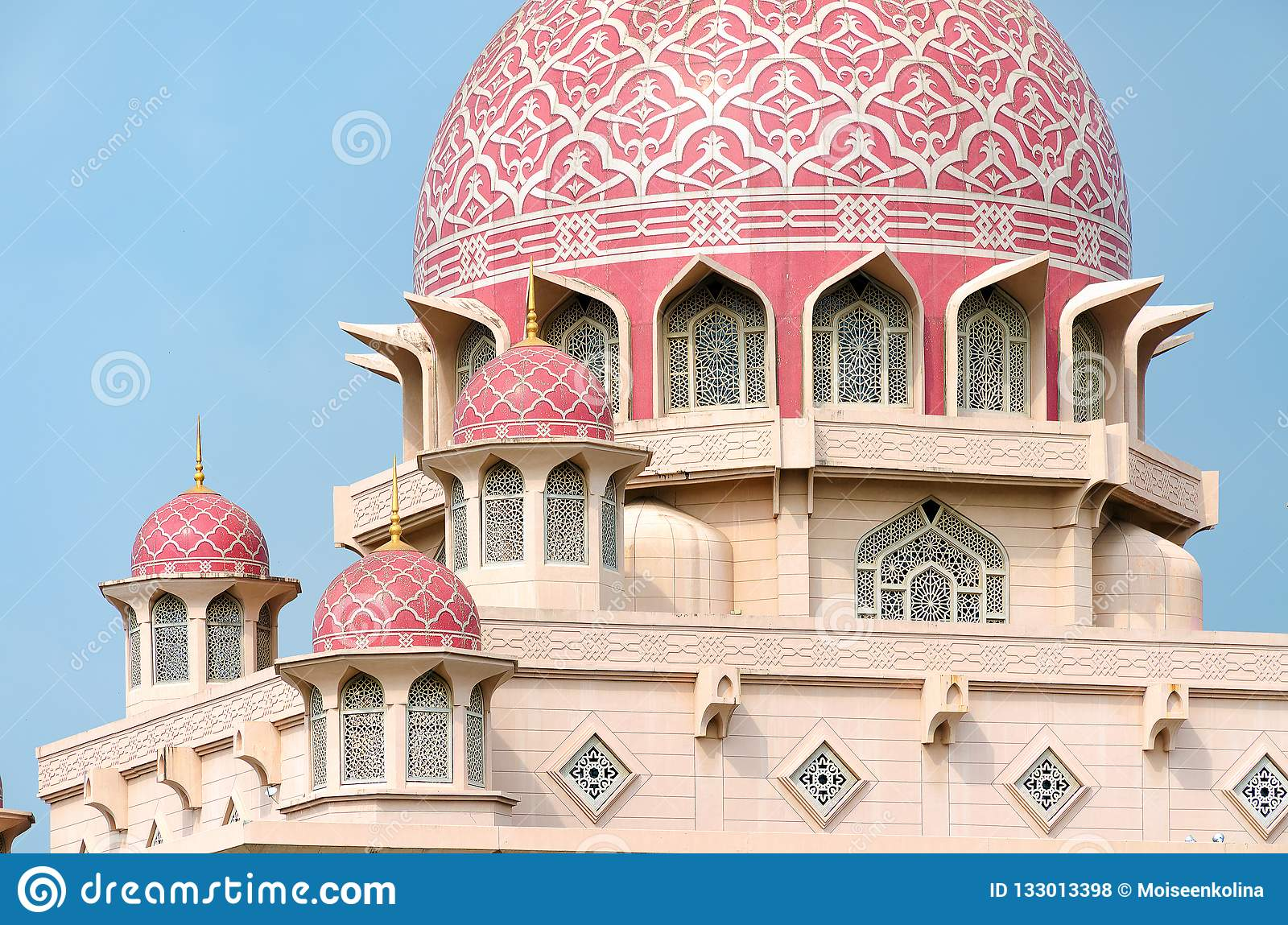 Islamic architecture, details of mosque exterior, dome with decorative pattern