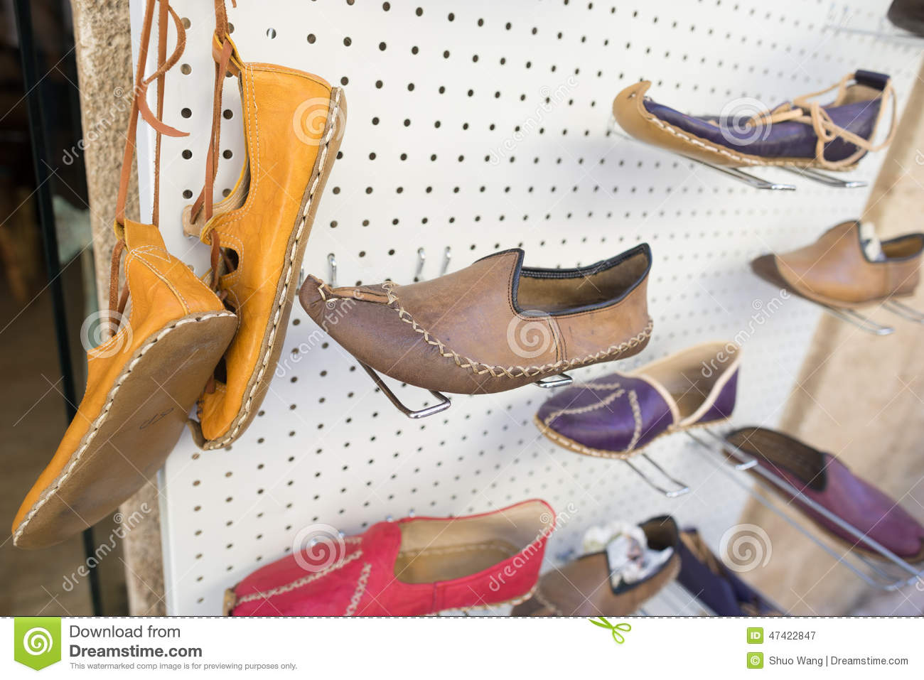 horse shoe muslim girl personals Press to search craigslist save search options close for sale  favorite this post jul 30 bostonian strada mens woven leather shoe brown 8 $49 (brookline) .