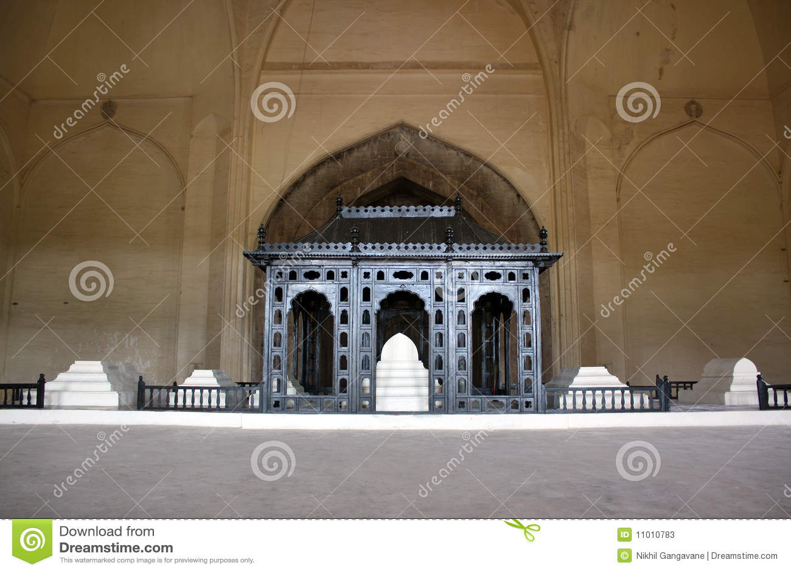 Islamic Tomb Stock Photos Image 11010783