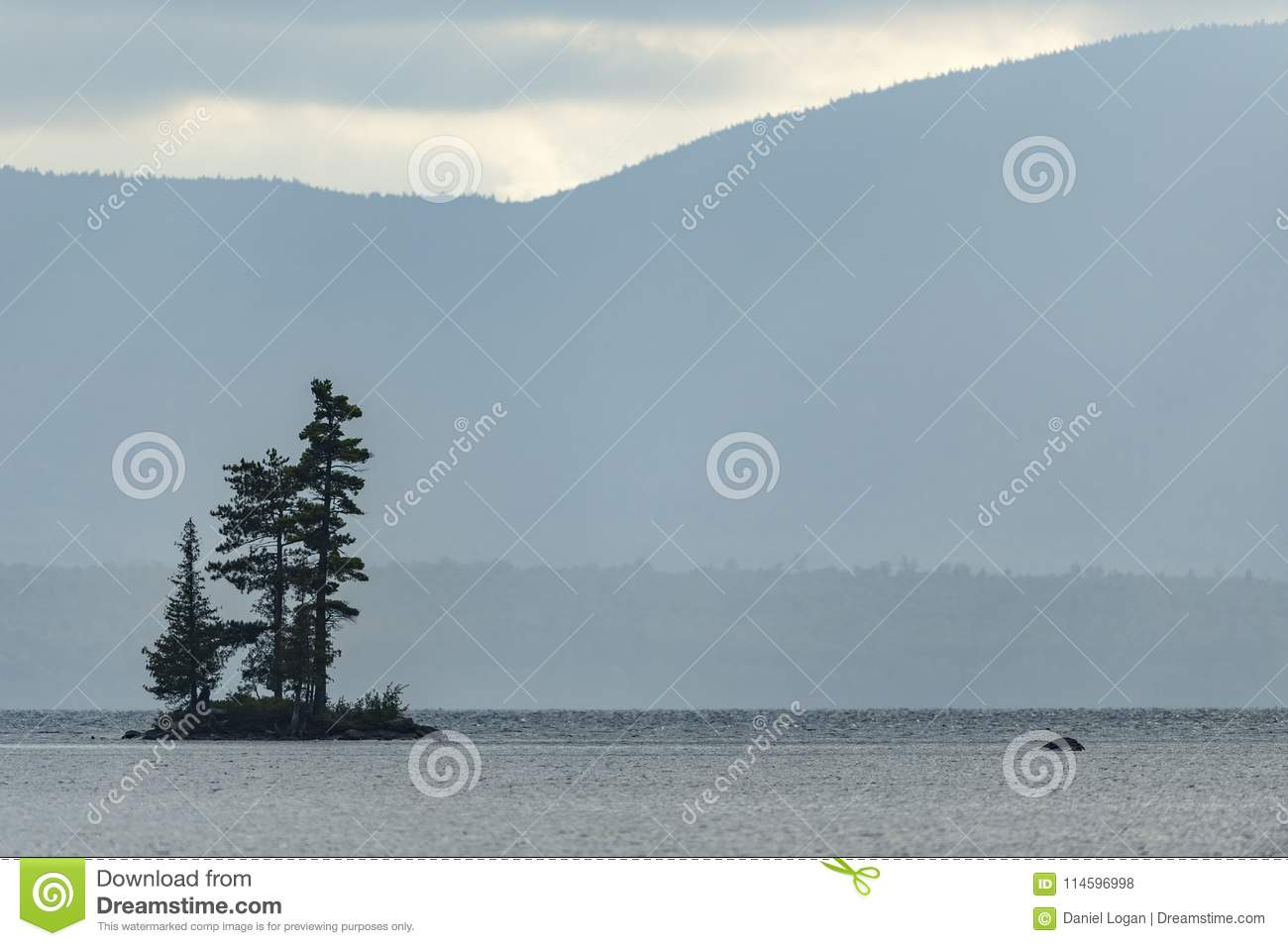 Island Off Lily Bay State Park Editorial Stock Photo - Image of room on