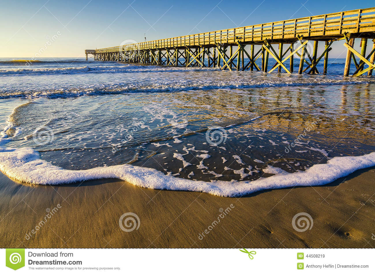 Isle of palms pier atlantic ocean south carolina stock for Isle of palms fishing pier