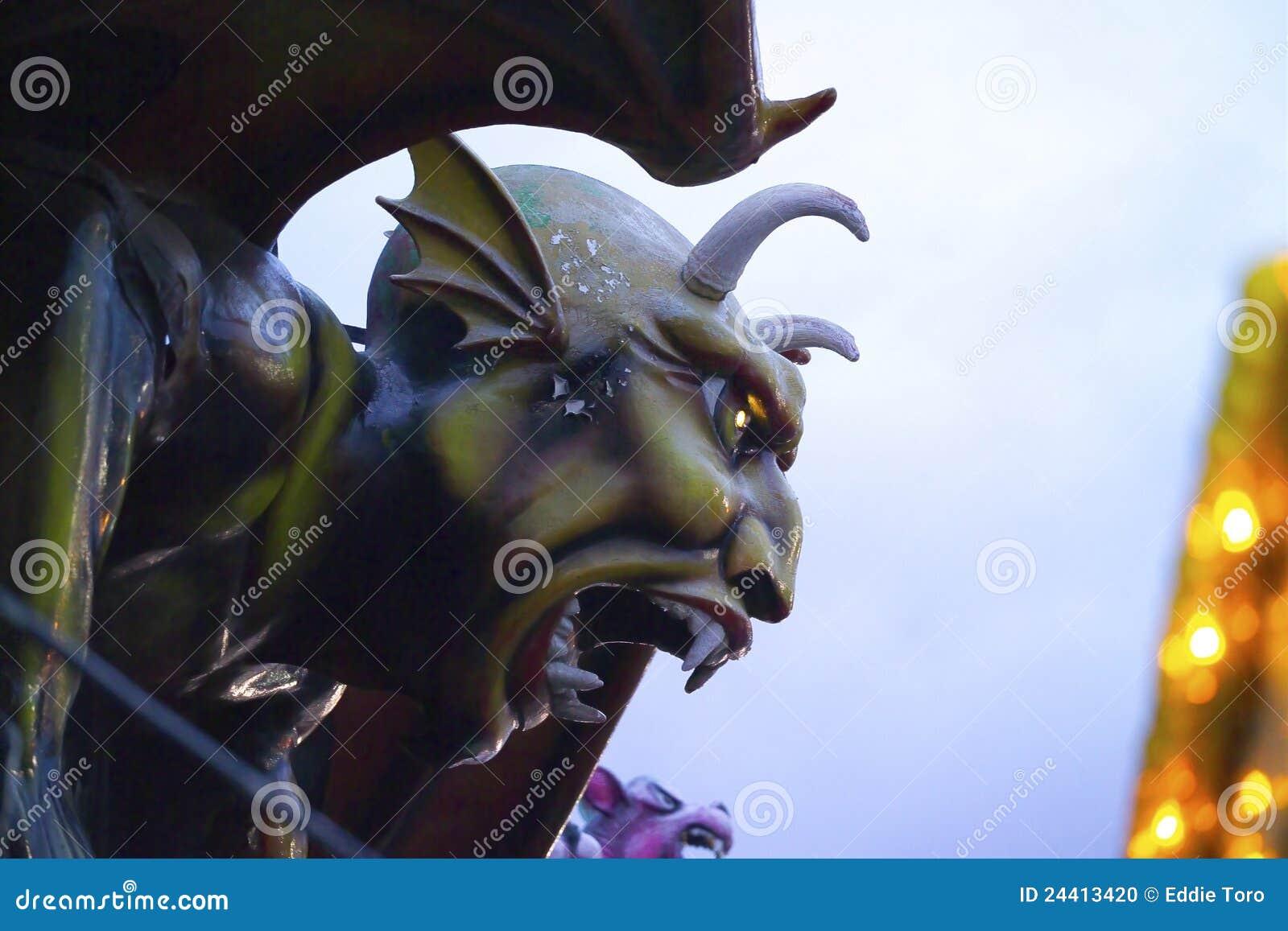 Isola di Coney dell inferno del Dante della scultura del diavolo