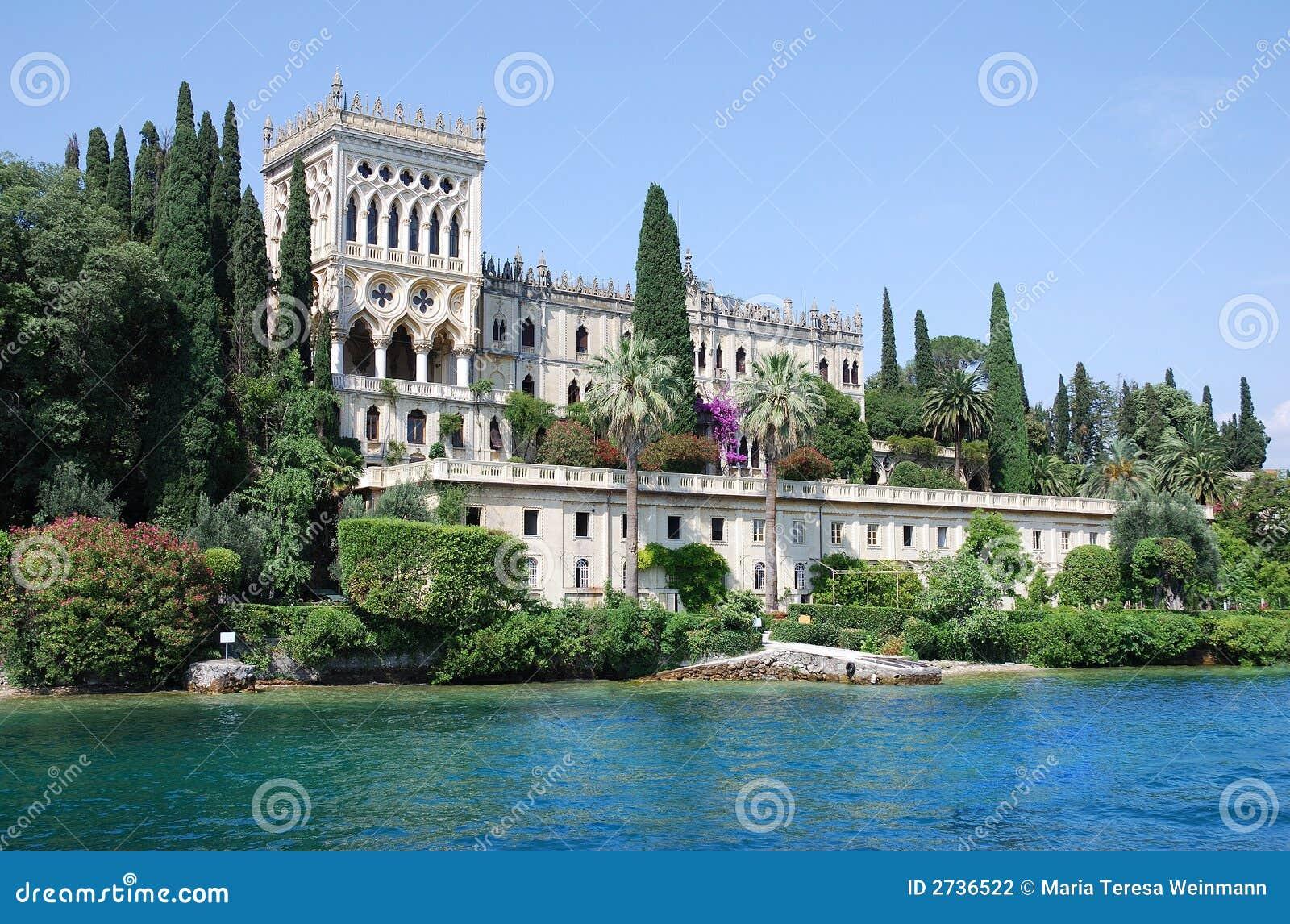 Isola di Garda (Italien) - Palast