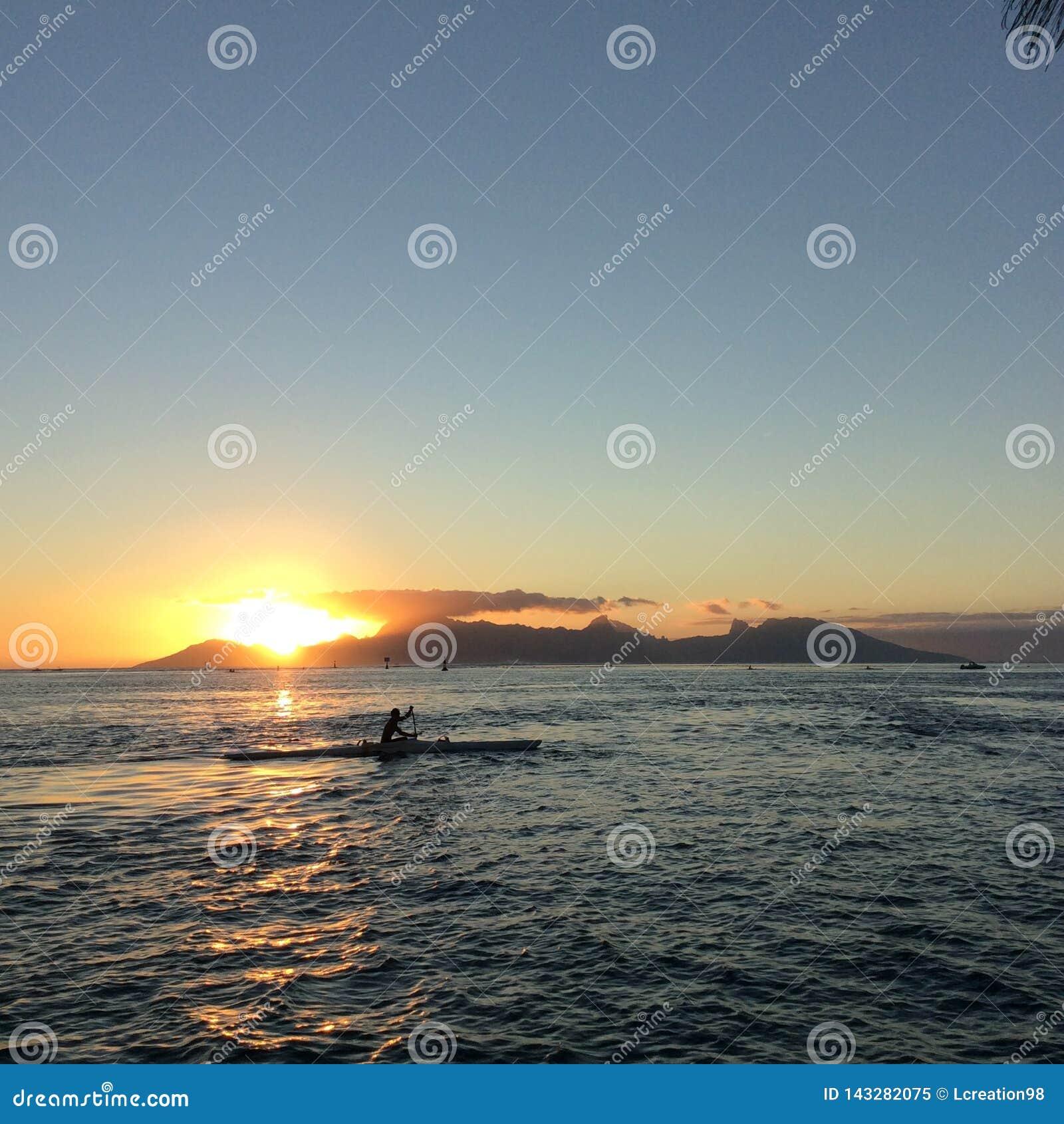 Isola di tramonto