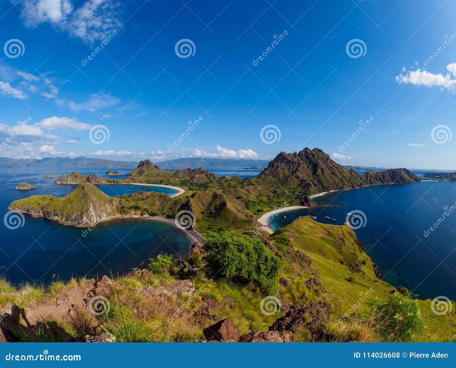 Isola in Flores, Indonesia di Padar