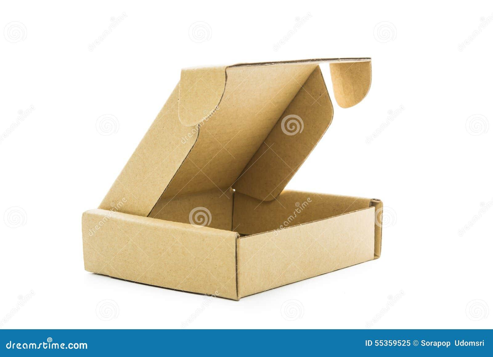 Isolato marrone del contenitore di cartone
