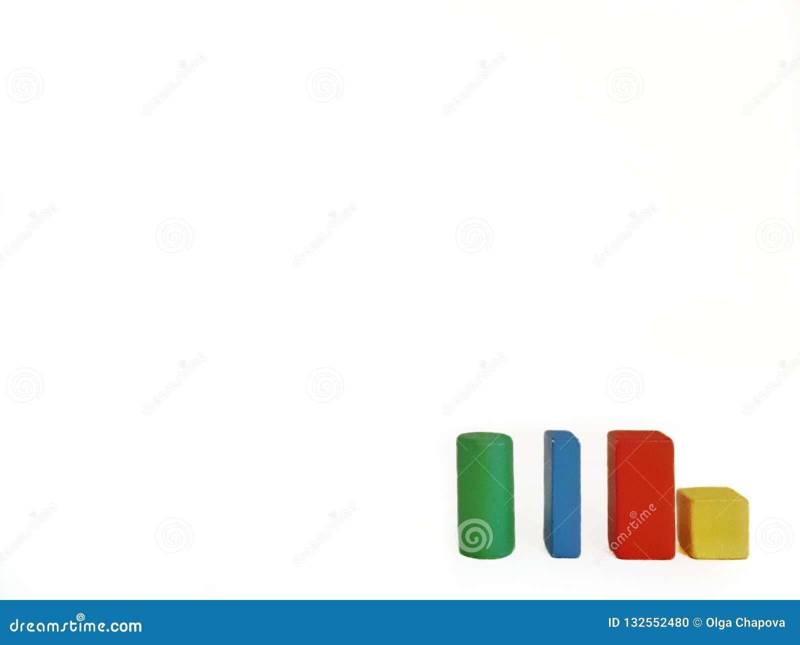 Isolerade träkulöra diagram på vit bakgrund
