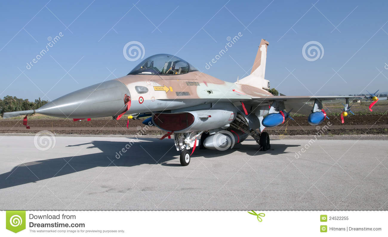 Israeli F-16 fighter airplan armed with bombs and