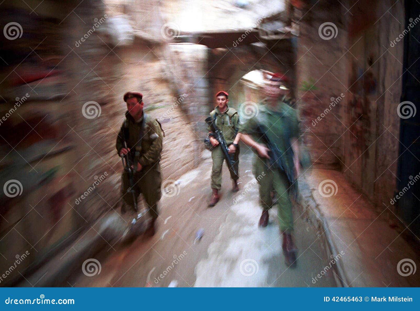 ISRAELISCHE ARMEE AUF DEM WESTJORDANLAND