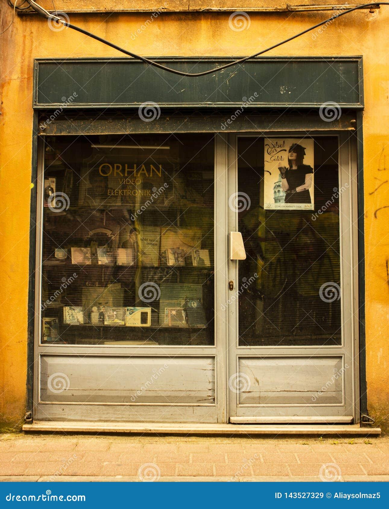 Istanbul, Balat/Turquie 30 mars 2019, vieil album et magasin de bande