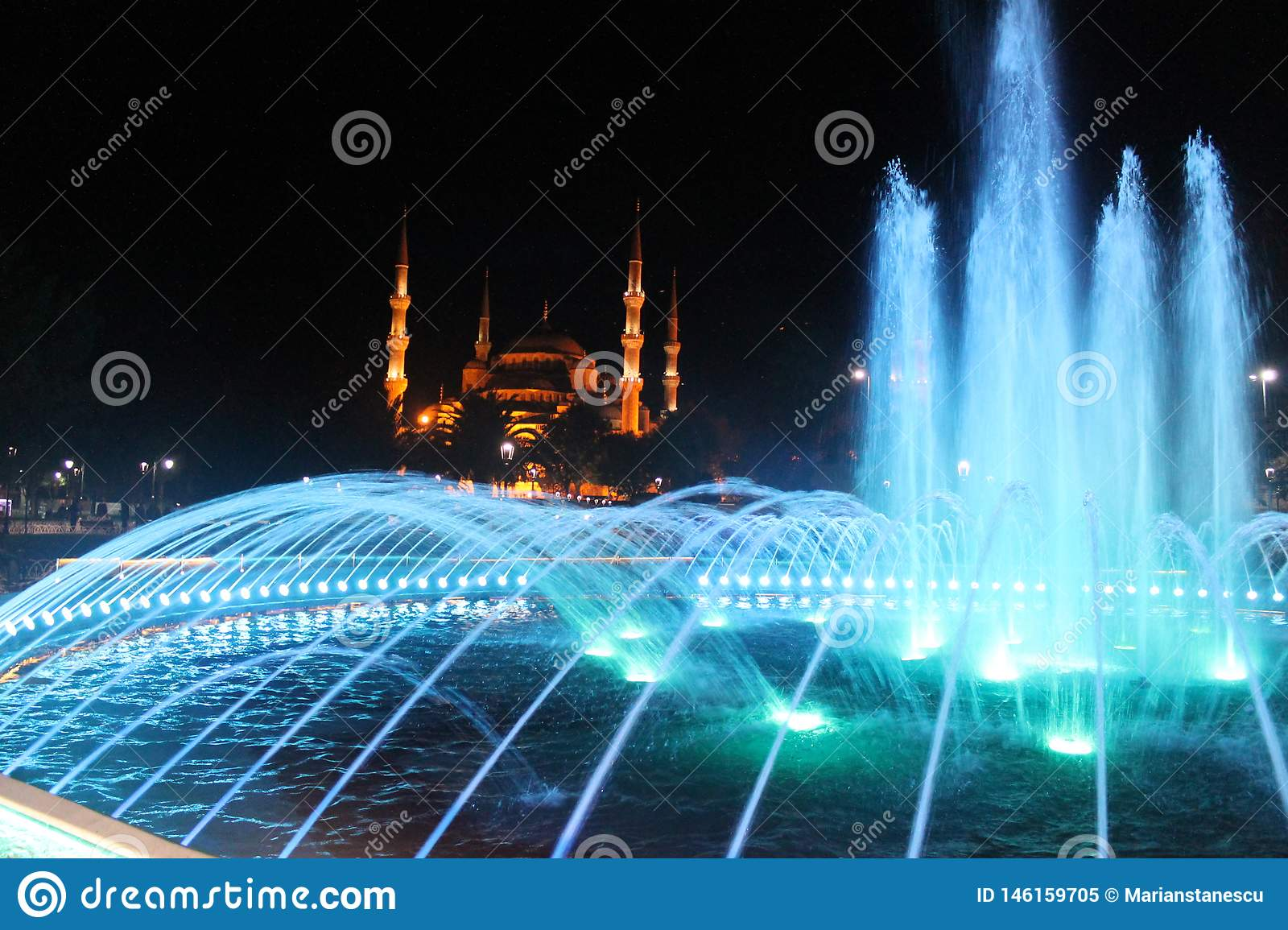 Istanbul - Colorful fountain