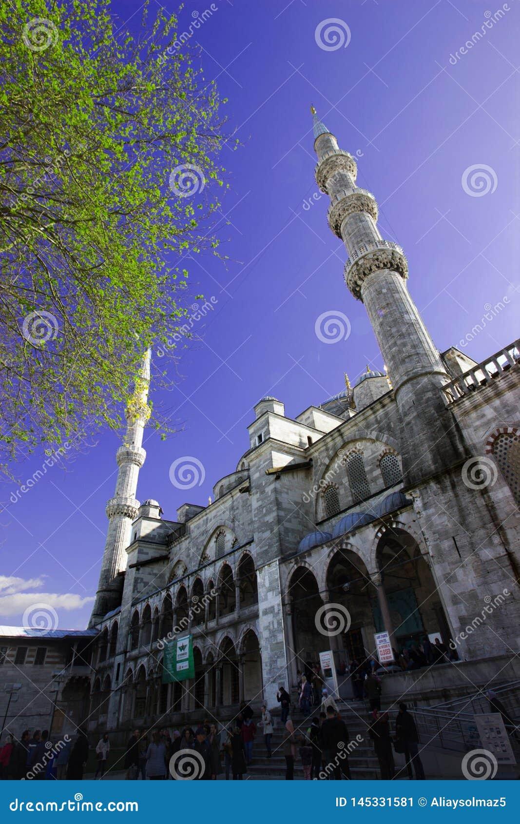 Istanbul, Sultan Ahmet/die Türkei 19 04 2019: Frühlings-Zeit in Sultan Ahmet Mosque, Bestimmungsort