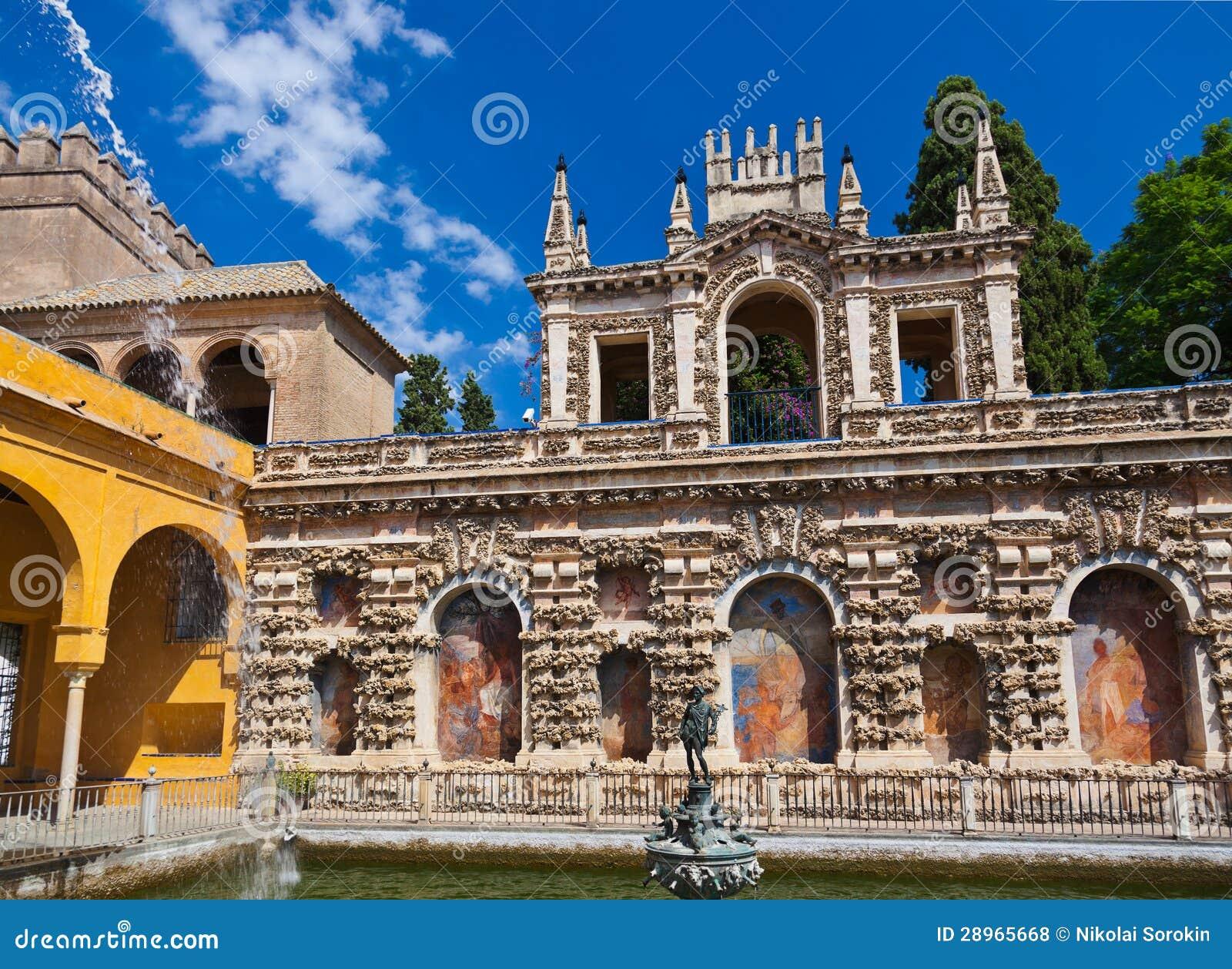 Istny Alcazar Uprawia ogródek w Seville Hiszpania